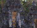 Porte du temple de Goa Lawah