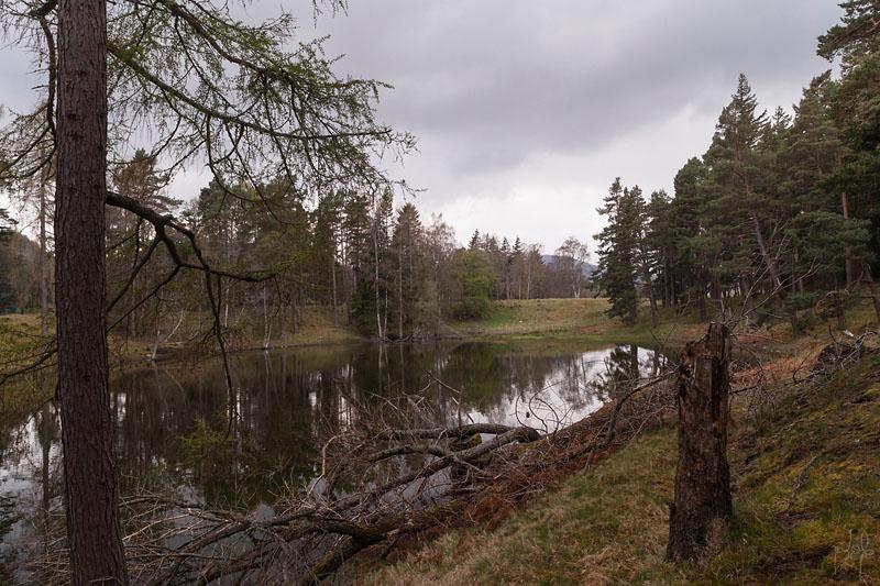 Lac dans la vallée de la Dee